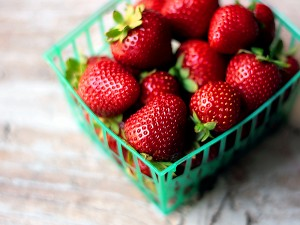 strawberries-basket-2